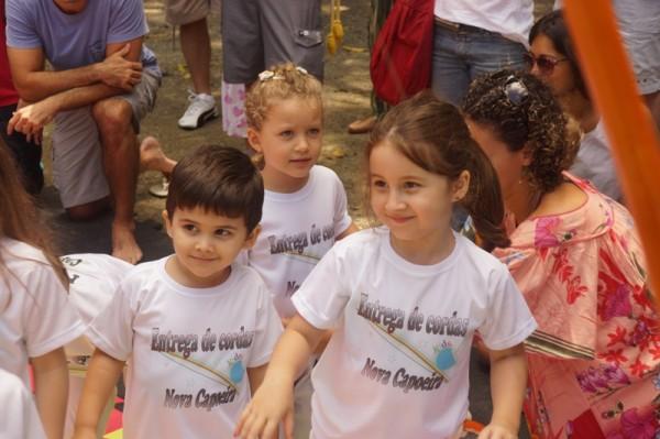 Luisa e Pepe no evento da Capoeira