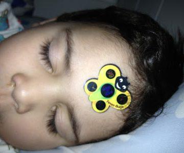 Gel adesivo para controle e combate a febre