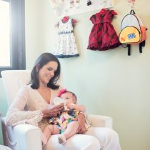 Virna Dias apresenta sua Maria em ensaio fotográfico