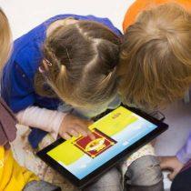 Uso de tablets por crianças