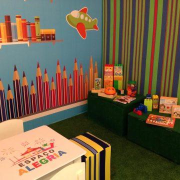 Espaço Alegria anima a criançada no Bangu Shopping