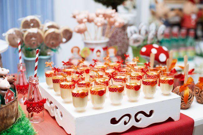 Festa Chapeuzinho Vermelho + Três Porquinhos
