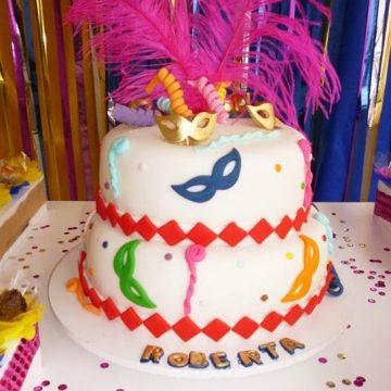 Decoração e bolos de Carnaval