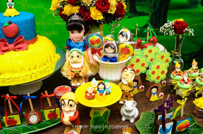 Festa Infantil: Branca de Neve
