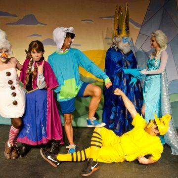 """Musical Infantil: """"Os Aventureiros no Reino Congelado"""""""