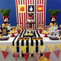 Festa Infantil: Mickey Clássico