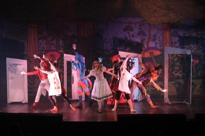 Teatro: Um chá para Alice - O Musical
