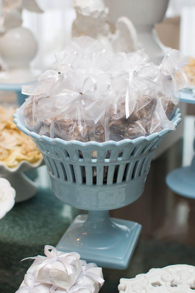 Festa Infantil: Mini Mimos, um Batizado muito lindo