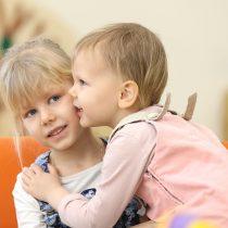 Cinco bons motivos para não esconder os seus sentimentos dos seus filhos