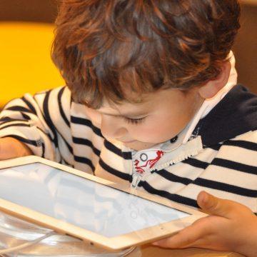 Como proteger os seus filhos na internet