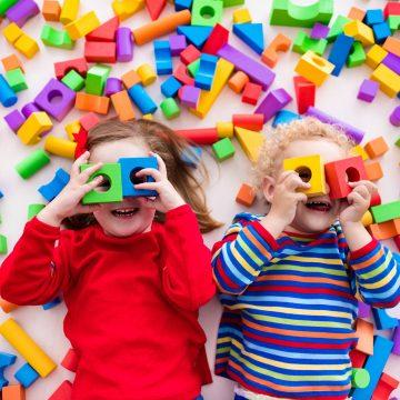 Terapeuta Familiar dá conselhos para tornar a quarentena divertida para as crianças